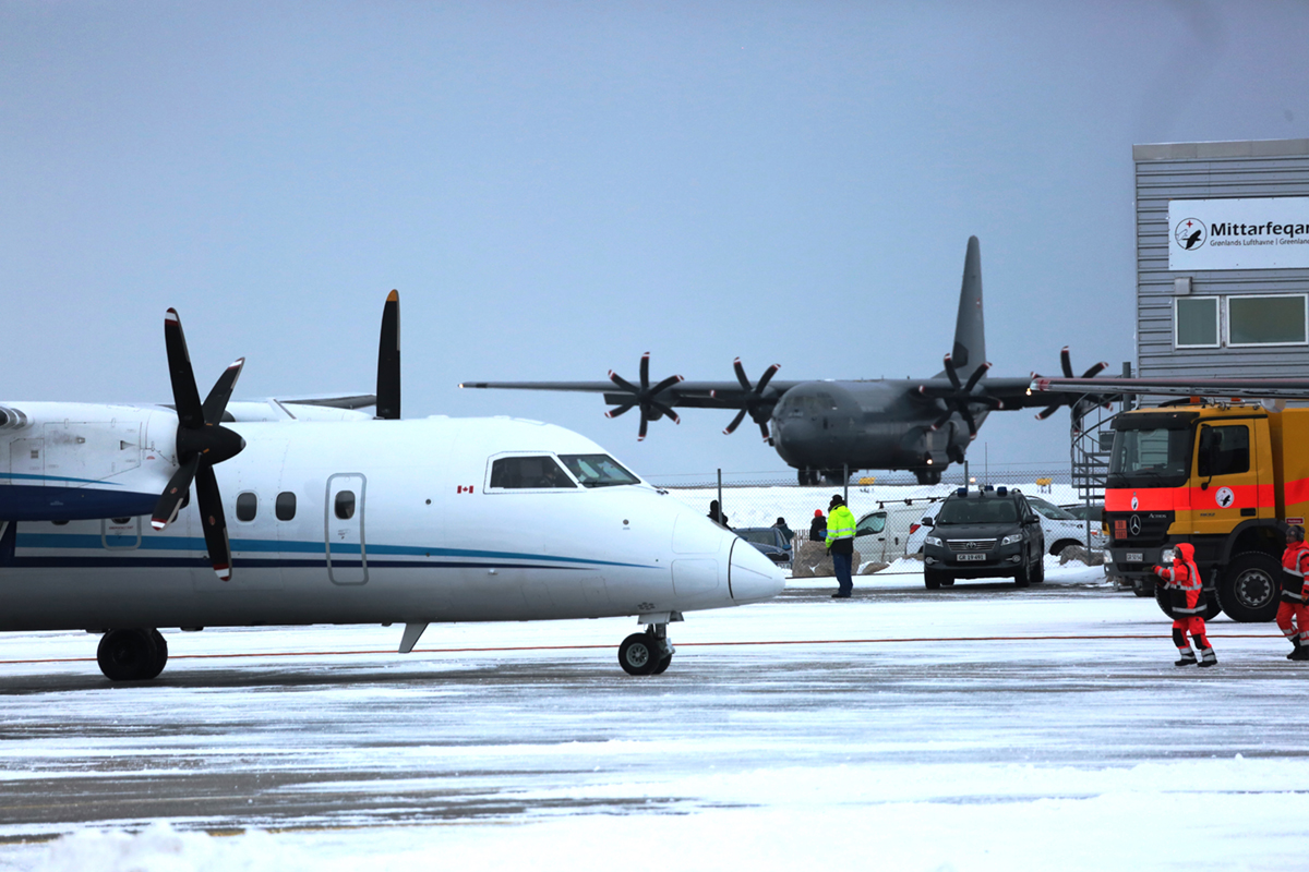 Nuuk-airport-employees-busy-with-AWG-red